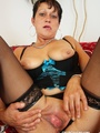 Hot slutty momma spreads legs to show - Picture 5