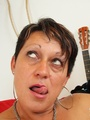 Hot slutty momma spreads legs to show - Picture 15