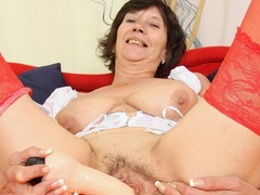 Bold and wild momma shoves in long dildo as she - XXXonXXX - Pic 2