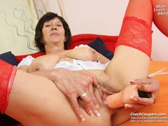 Bold and wild momma shoves in long dildo as she - XXXonXXX - Pic 8