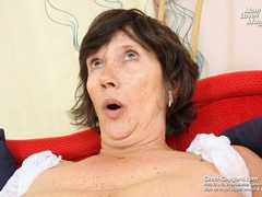 Bold and wild momma shoves in long dildo as she - XXXonXXX - Pic 11