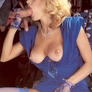 Classy eighties lady in blue stockings - XXX Dessert - Picture 4