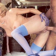 Classy eighties lady in blue stockings - XXX Dessert - Picture 12