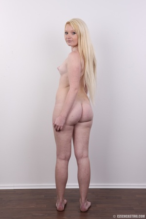 Longhaired blonde strips to show off her - XXX Dessert - Picture 17