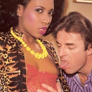 Black eighties lady loves a big white - XXX Dessert - Picture 5