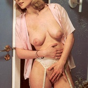 Turned on seventies lady joins a hard and - XXX Dessert - Picture 9