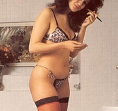Hairy seventies lady in stockings enjoys a big…