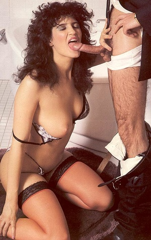 Hairy seventies lady in stockings enjoys - XXX Dessert - Picture 5