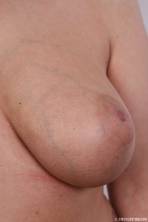 Chubby seductive blonde with hot big tit - XXX Dessert - Picture 9