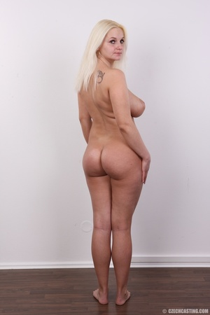 Chubby seductive blonde with hot big tit - XXX Dessert - Picture 12