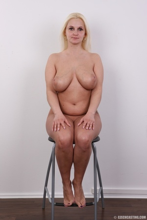 Chubby seductive blonde with hot big tit - XXX Dessert - Picture 13