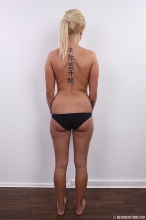 Blonde with seductive body showing big t - XXX Dessert - Picture 9