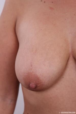 Blonde with seductive body showing big t - XXX Dessert - Picture 11