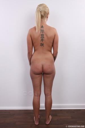 Blonde with seductive body showing big t - XXX Dessert - Picture 16