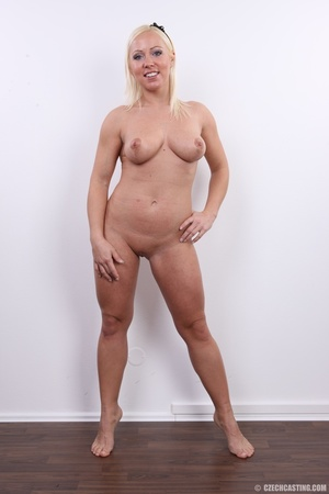 Experienced blonde with hot sweet butt,  - XXX Dessert - Picture 16
