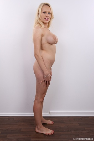 Erotic smiling blonde with super excitin - XXX Dessert - Picture 20