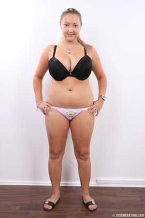 Hot chubby blonde with super big tits, h - XXX Dessert - Picture 5