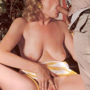 Retro blonde loves a cock inside her - XXX Dessert - Picture 5