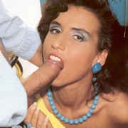 Sexy seventies chick loves cock in her - XXX Dessert - Picture 3
