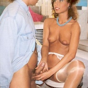 Sexy seventies chick loves cock in her - XXX Dessert - Picture 5