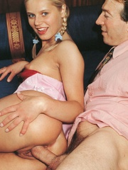 Very cute retro blonde banged by her - XXX Dessert - Picture 8