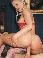 Very cute retro blonde banged by her - XXX Dessert - Picture 10