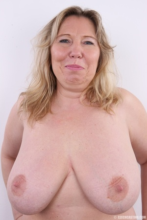 Horny and slutty blonde mama with super  - XXX Dessert - Picture 7