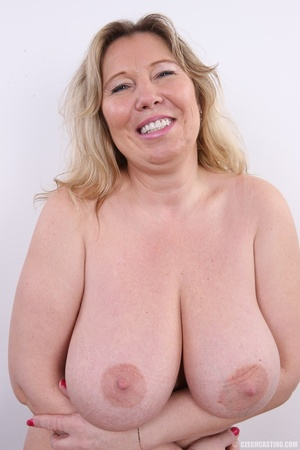Horny and slutty blonde mama with super  - XXX Dessert - Picture 19