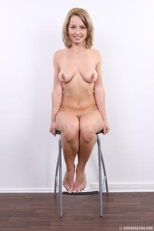 Cute sexy blonde with perfect round boob - XXX Dessert - Picture 14