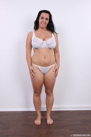 Chubby chick with cute smile shows her h - XXX Dessert - Picture 6
