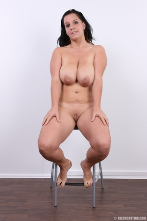 Chubby chick with cute smile shows her h - XXX Dessert - Picture 17