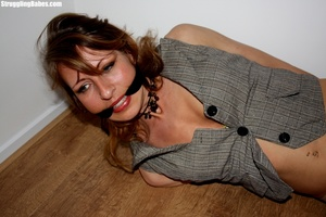 Blonde whore in stockings is tied up and - XXX Dessert - Picture 10