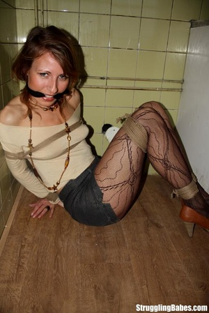 Slutty girlfriend is cleave gagged and f - XXX Dessert - Picture 9