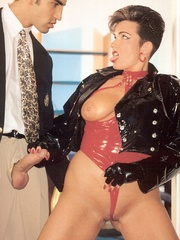 Horny retro sweetheart screwing her horny - XXX Dessert - Picture 3