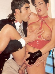 Horny retro sweetheart screwing her horny - XXX Dessert - Picture 6