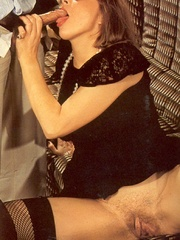 Retro chicks fucking at a very hairy sex - XXX Dessert - Picture 7