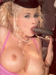 Retro blonde nailed by a large solid - XXX Dessert - Picture 7