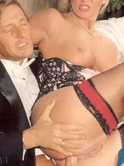 Shagging the willing pretty sexy bride - XXX Dessert - Picture 10
