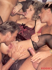 Retro cutie banged by three horny guys - XXX Dessert - Picture 13
