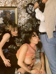 Two retro chaps fucking two horny girls - XXX Dessert - Picture 10