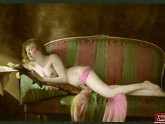 Beautiful vintage naked sweeties posing - XXX Dessert - Picture 11