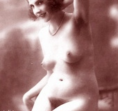 Vintage models showing their pubic hair in the…