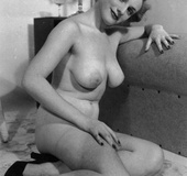 Pretty topless cute vintage girls posing in the…