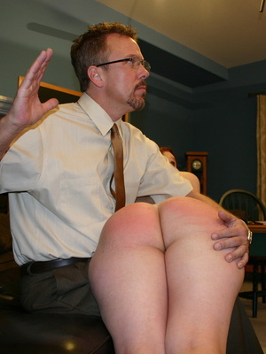 This horny redhead beauty gets her big ass spanked by daddy. - XXXonXXX - Pic 3