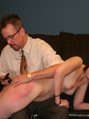 This horny redhead beauty gets her big ass spanked by daddy. - XXXonXXX - Pic 10