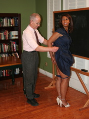 Randy brunette ebony teacher gets her lusciously - XXXonXXX - Pic 3