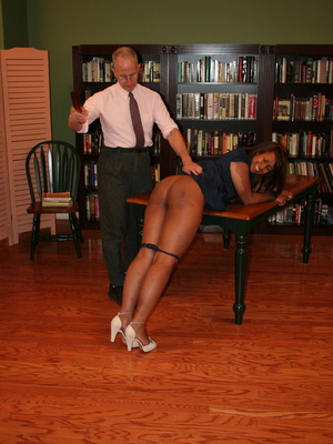 Randy brunette ebony teacher gets her lusciously big ass spanked by her boss. - XXXonXXX - Pic 5