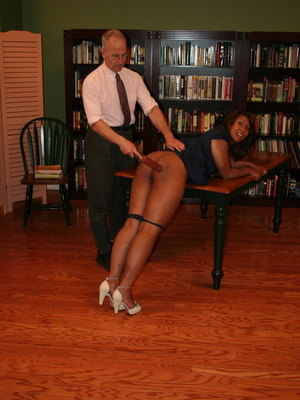 Randy brunette ebony teacher gets her lusciously big ass spanked by her boss. - XXXonXXX - Pic 6