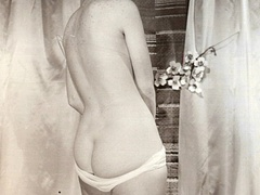 Nearly naked vintage pretty babes posing - XXX Dessert - Picture 12