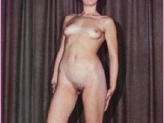 Beautiful vintage ladies are posing naked - XXX Dessert - Picture 2